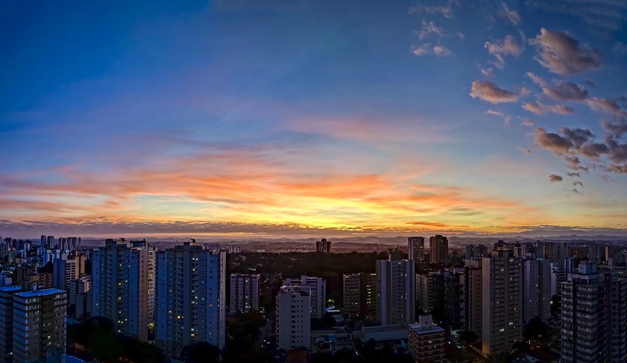 Investir no Brasil morando no exterior: Saiba tudo sobre